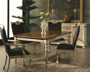 Trianon dining table
