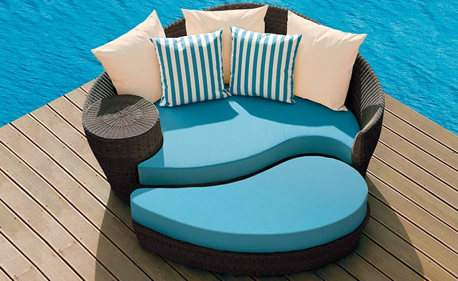 Dune daybed outdoor furniture