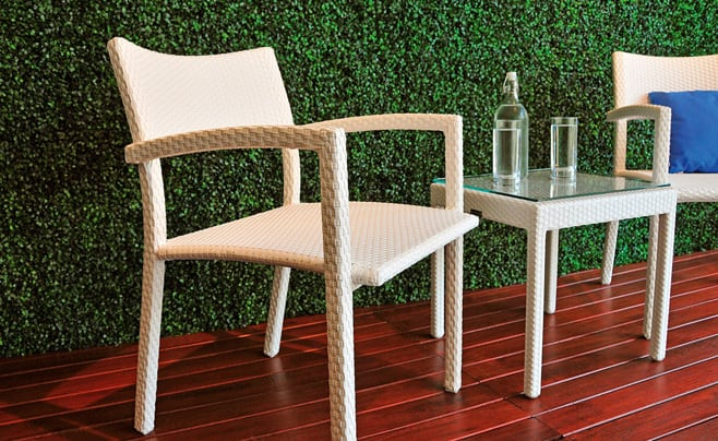 zen outdoor dining set
