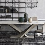 stratos dining table